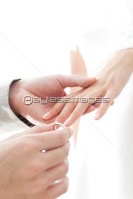 結婚 指輪 物語 無料 ダウンロード