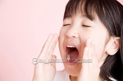 女の子の横顔ポートレートの写真イラスト素材 Af9980006958