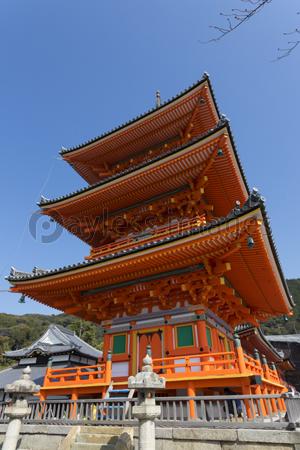 八坂通からの八坂の塔の写真イラスト素材 Gf2440430105 ペイレス