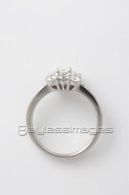 ダイヤの指輪の写真イラスト素材 写真素材ストックフォトの定額制