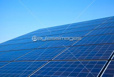 太陽光パネルの写真イラスト素材 写真素材ストックフォトの定額制