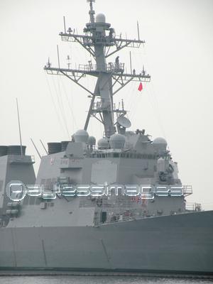 横須賀のイージス艦の写真イラスト素材 Xf0855008674 ペイレス