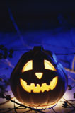 Close-up+of+a+glowing+jack-o-lantern